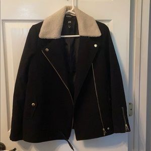 H&M coat with shearling/ Sherpa collar